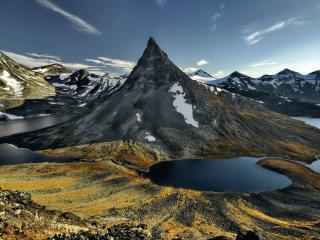 обои Горы и озёра Йотунхеймена фото