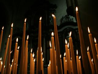 обои Свечи в xраме фото