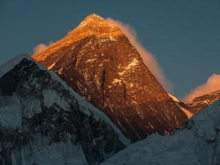 обои Вечернее солнце и горы фото