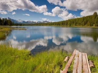 обои Предгорное озеро фото