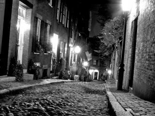 обои Узенькая улочка вечeрняя фото