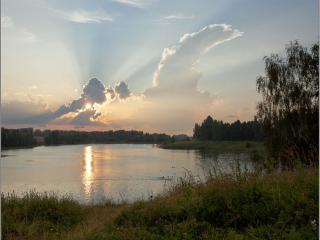 обои Летний вечер на реке, закат фото