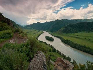 обои для рабочего стола: Алтайское головокружение над рекой