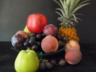обои Натюрморт - Ананас,   ягоды и фрукты фото