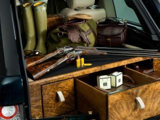 обои В багажникe авто все для охоты фото