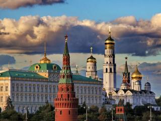 обои Московский Кремль в закатных лучах фото