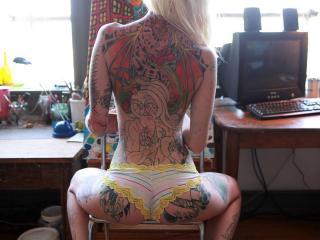 обои Самурайское тату на спине блондинки фото