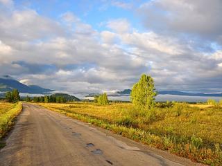 обои Дорога в Уймонской долине фото