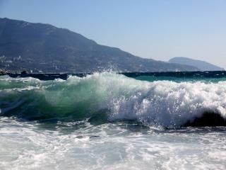 обои Стонет волна штормовая фото