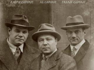 обои Братья Капоне фото