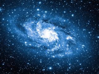 обои Яркая галактика в космосе фото
