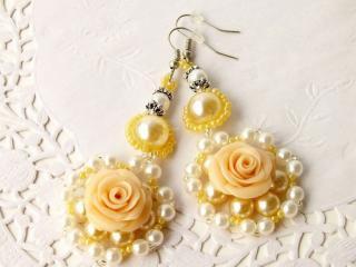 обои Серьги - Жёлтая роза фото