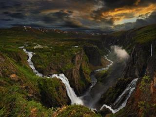 обои для рабочего стола: Слияние водопадов. Норвегия