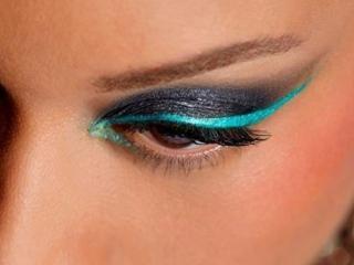 обои Макияж глаза - Двухцветные тени фото