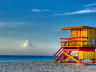 обои Пляж,   спасательная будка на берегу фото
