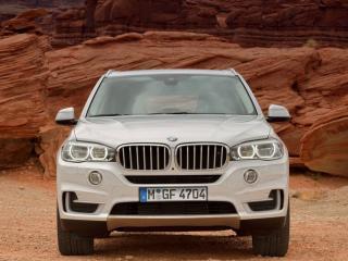 обои BMW X5 белого цвета фото