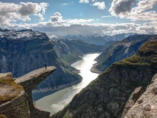 обои Язык тролля (Trolltunga). Норвегия фото