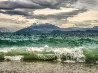 обои Озеро Гарда. Италия фото