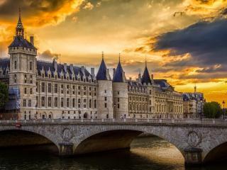 обои Закат над Консьержери,   Париж фото