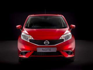 обои Nissan Note красного цвета фото