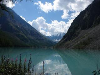 обои Озеро горного Алтая фото