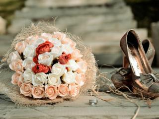 обои Кольцо,   букет и туфли невесты фото