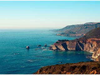 обои Скалистый берег океана фото