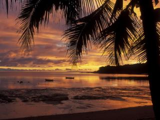 обои Закат на тропическом острове фото
