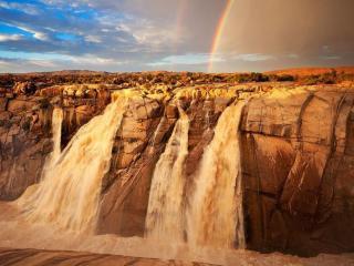 обои Водопад Ауграбис — самый высокий водопад на Оранжевой реке фото