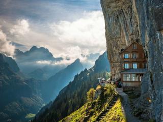 обои Отель Berggasthaus Aescher в Швейцарских Альпах фото