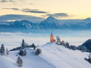 обои Ямник - поселение в Словении фото