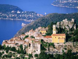 обои Городок Эз находится между Монако и Ниццей фото