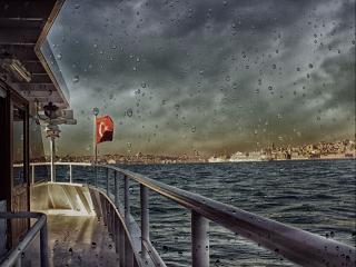 обои Дождь в Стамбуле фото