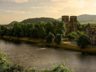 обои Река старинного города фото