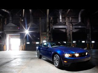 обои Ford - Mustang при вечернем свете фото