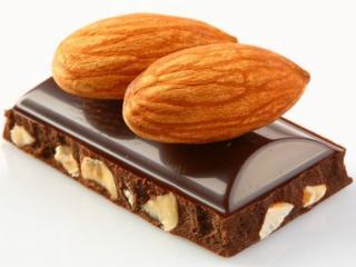 обои Шоколад с миндалём фото