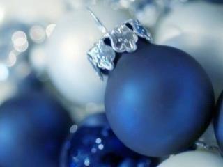 обои Синие шары для ёлки фото