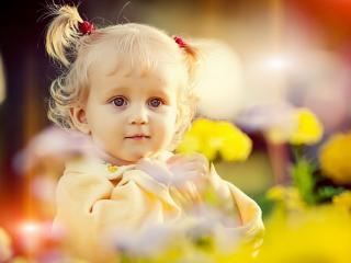 обои Маленькая девочка фото