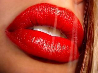 обои Пухлые,   красные губы фото