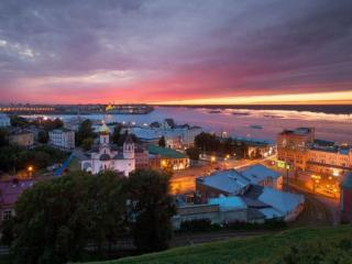 обои для рабочего стола: Вечернее зарево в Нижнем Новгороде