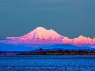 обои Красивый вид на горы Бэйкер в Канаде фото