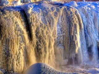 обои Жёлто-синий водопад фото