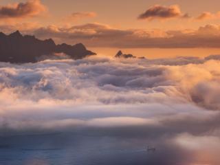 обои Туман над водой фото