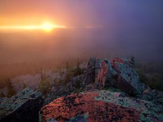обои Туманное утро в горах фото