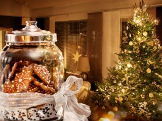 обои Банка с печеньем и светящаяся елка фото