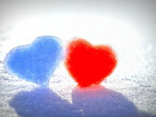 обои Два снежных сердечка фото