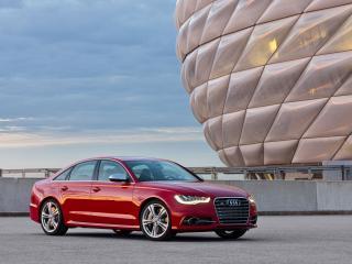 обои Красный красавец Audi S6 фото
