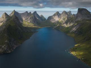 обои для рабочего стола: Залив на Лофотенских островах