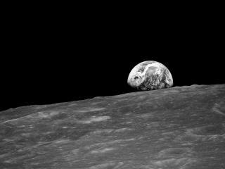 обои Далекая Земля вид с Луны фото