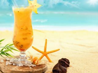 обои Тропический коктейль со звездой на песке фото